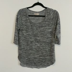Hollister 3/4 Sleeve Top Sweater
